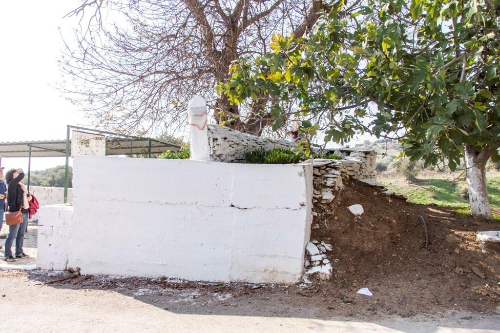 ŞEYH DURSUN BEY MEZARI - KARAHALİLLİ KÖYÜ – BAYINDIR / İZMİR